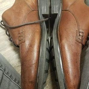 Versitle men's shoe